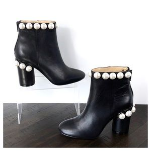 NWOT Katy Perry The Opearl Black Ankle Boots